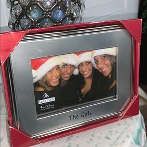 Picture frame NEW The Girls makes a great gift